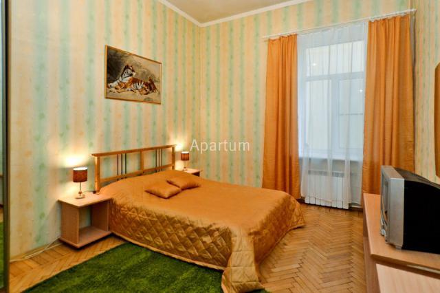 3-комнатная квартира на Ул. Пушкинская, д.6 в Санкт-Петербурге