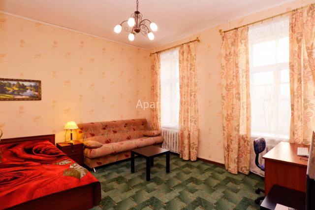 3-комнатная квартира на Ул. Гончарная, д.18 в Санкт-Петербурге