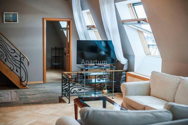 2-комнатная квартира на VIP апартаменты с видом на Неву, на Мытнинской набережной, д. 9-2 в Санкт-Петербурге
