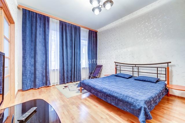 2-комнатная квартира на Просторная квартира посуточно, на Литейном проспекте 25 в Санкт-Петербурге