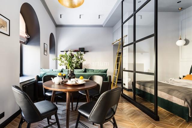 1-комнатная квартира на Дизайнерская студия посуточно на улице Чайковского  в Санкт-Петербурге
