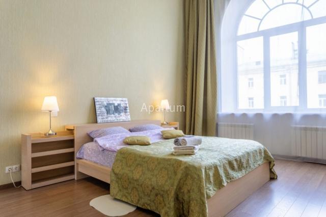 2-комнатная квартира на Просторная двухкомнатная квартира на улице Пестеля 14 в Санкт-Петербурге
